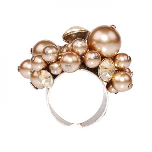 Pearl Shadow beiger Ring von Konplott
